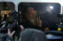 Preso em Londres, Assange corre risco de ser extraditado para os EUA