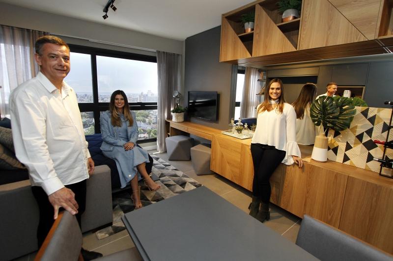 José Luís Machado de Oliveira e as filhas Amanda e Adriana levaram o conceito ao bairro Petrópolis