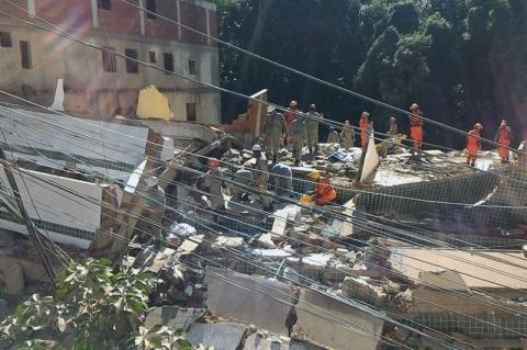 Sobe para quatro o número de mortos no desabamento de prédios no Rio