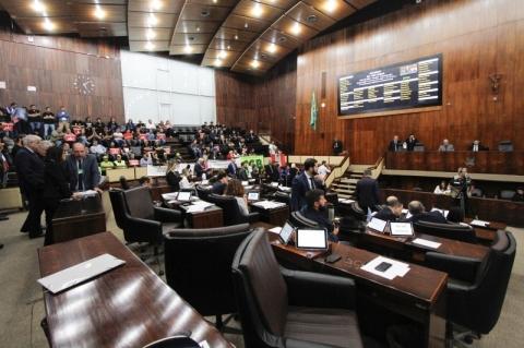 PEC do plebiscito será votada nesta terça-feira em 2º turno