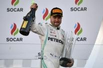 Bottas vence de ponta a ponta no Azerbaijão e assume liderança na Fórmula 1