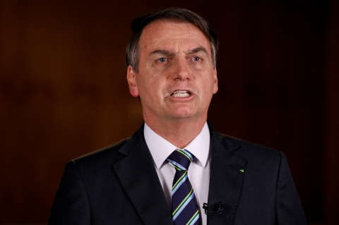Bolsonaro sanciona lei que permite a policiais conceder medida protetiva a vítima