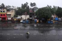 Ciclone Fani atinge Índia e mais de 1 milhão de pessoas são retiradas