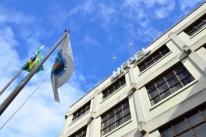 Corte permite funcionamento de universidades gaúchas até setembro
