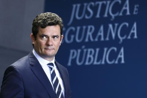Promessa de Bolsonaro aumenta desgaste de Moro, dizem parlamentares