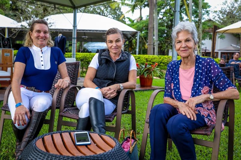 Marta Bier Johannpeter, Beatriz Johannpeter e Erica Bier no Grande Prêmio Cidade de Porto Alegre do The Best Jump, na Sociedade Hípica