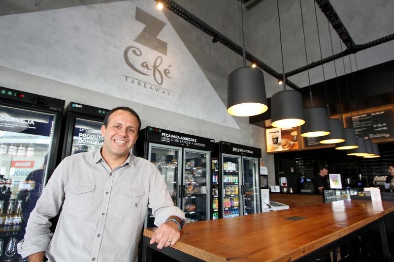 Sandro Zanette é o sócio-proprietário da Rede Z Café