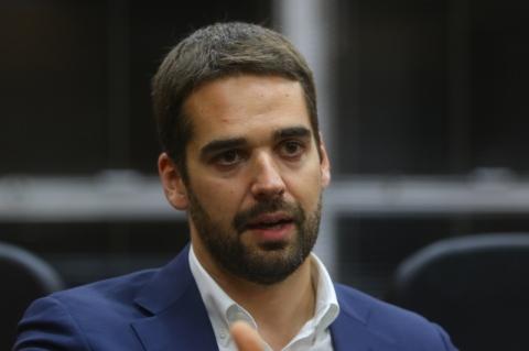 Eduardo Leite diz que vai manter Banrisul como banco público