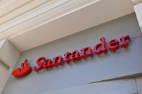 Em nova briga na previdência privada, Santander reduz taxa de administração