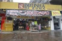 Após quase 100 anos de funcionamento, loja Botinha da Zona fecha as portas
