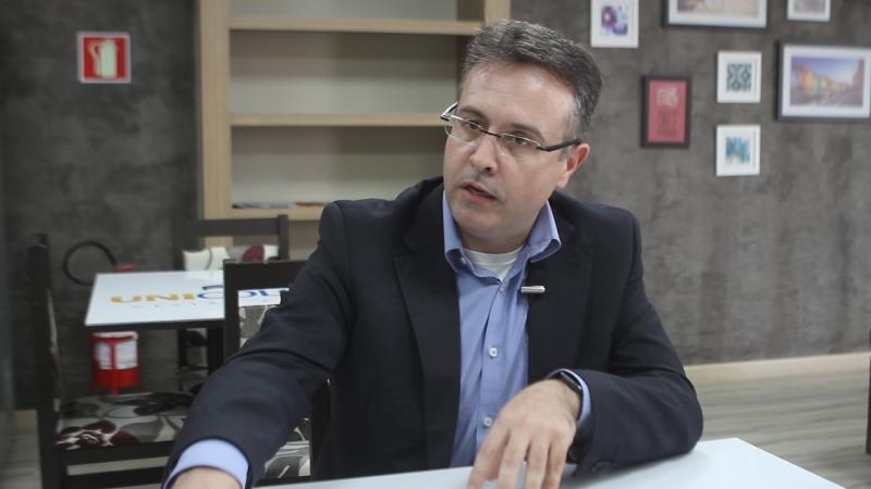 Dirceu Baccin é diretor administrativo da rede Lojas Colombo