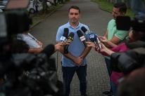 MPF nega pedido de Flávio Bolsonaro para mudar data de acareação