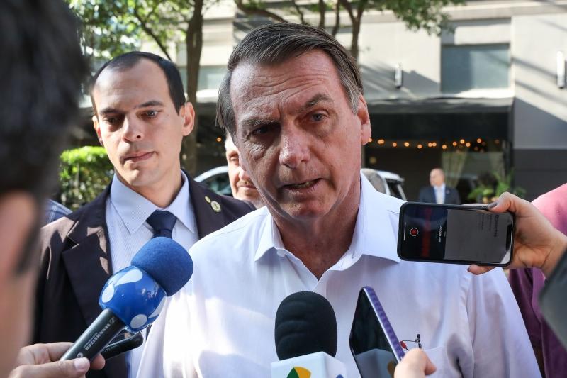 Para Bolsonaro, as apurações estão 'fazendo um esculacho' em cima de Flávio para prejudicar o governo