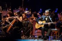 Edinho Santa Cruz comemora aniversário de carreira com show no Theatro São Pedro