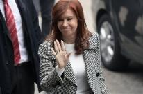 Cristina Kirchner comparece a tribunal para segundo dia de julgamento