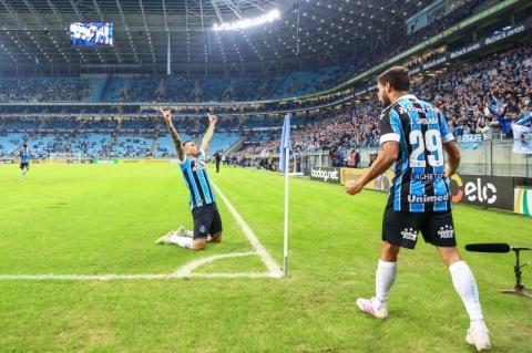 Goleada garante Grêmio nas quartas