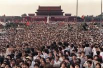 Em silêncio, chineses recordam 30 anos de massacre na Praça da Paz Celestial