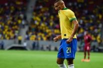 Após caxumba, Richarlison se reapresenta à seleção brasileira em Minas Gerais