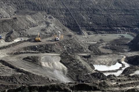 Abaixo-assinado reage à instalação de mineradora na Mina Guaíba