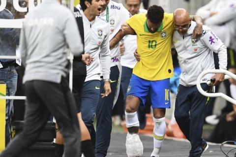 Neymar é cortado da seleção para a Copa América por lesão no tornozelo
