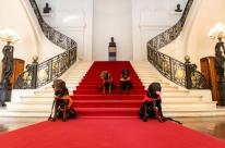 Cães e servidores que atuaram em Brumadinho são homenageados no Piratini