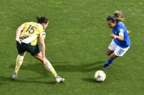 Marta estreia com gol e Cristiane abre 2 a 0, mas Brasil leva virada da Austrália
