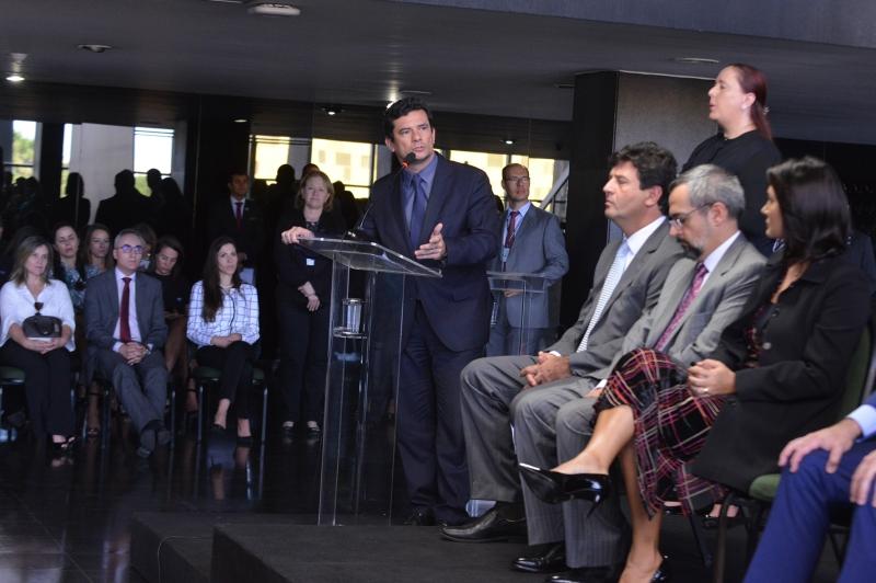 De forma discreta, os ministros elogiaram e apoiaram a atuação de Moro à frente da pasta da Justiça