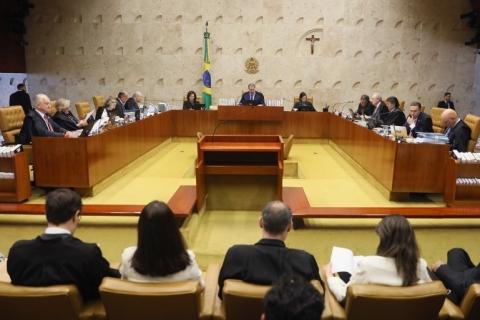 STF decide criminalizar homofobia como racismo