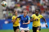 Itália goleia Jamaica e assume a liderança do grupo do Brasil no Mundial Feminino