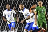 Coutinho faz 2 e comanda vitória do Brasil por 3 a 0 sobre a Bolívia em estreia