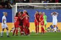 Canadá bate Nova Zelândia e avança às oitavas do Mundial junto com a Holanda