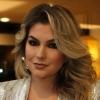Alice Salazar começou dando dicas de maquiagem no YouTube e hoje tem rede de franquias com seu nome