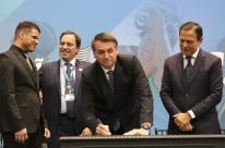 Após cortes e atrasos, Bolsonaro anuncia verba da Caixa para esporte paraolímpico