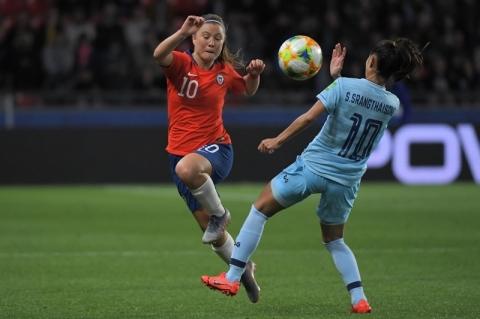 Chile derrota Tailândia, mas não consegue classificação