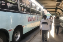 Usuários de ônibus metropolitano sofrem com horários pós-feriado