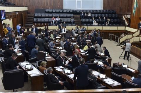 Deputados realizam sete audiências nesta semana