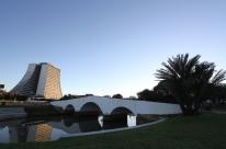 Obra no Largo dos Açorianos, no Centro de Porto Alegre, entra em fase de vistoria