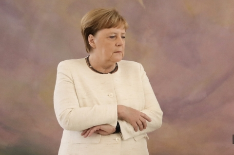 Merkel está em quarentena após ser exposta a pessoa com coronavírus