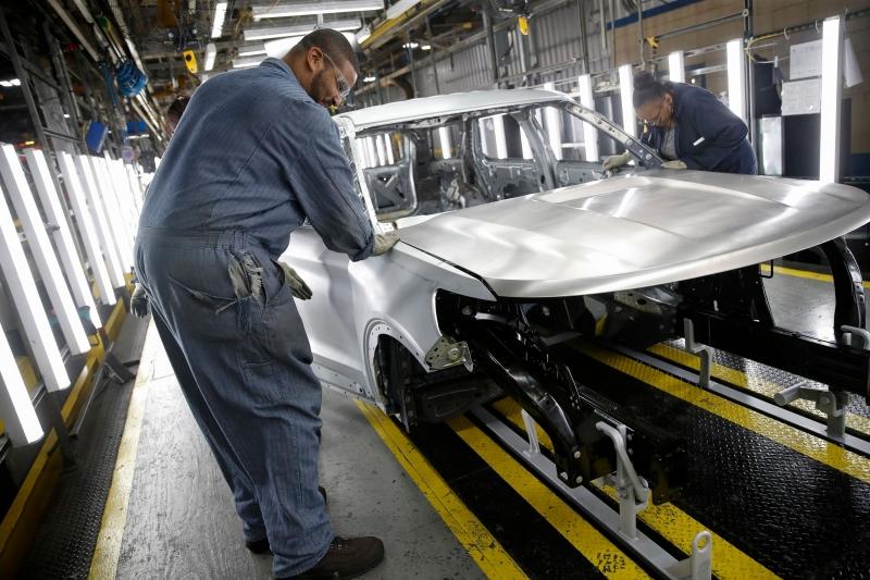 Indústrias elevam uso da capacidade instalada e indicam otimismo para os próximos seis meses