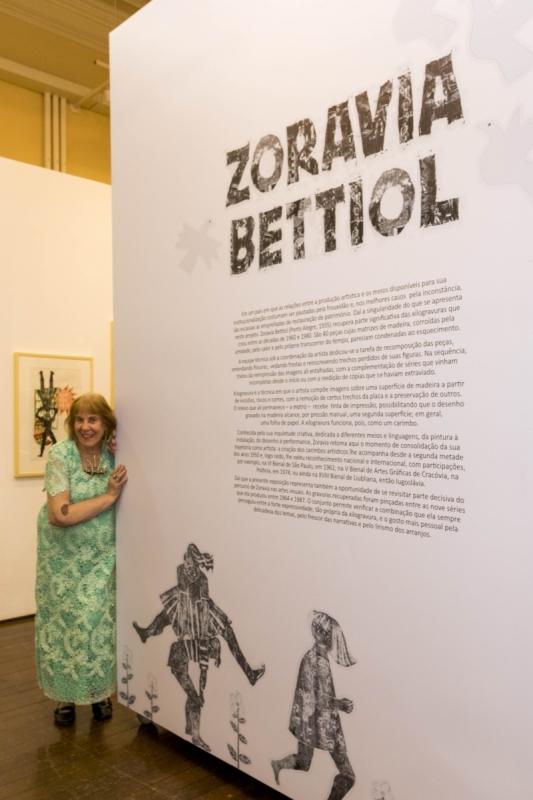 Obras em exposição fazem parte de nove das 13 séries temáticas criadas por Zoravia