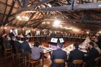 Leite toma café com deputados para afinar votação de privatizações