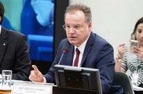 Deputados seguem à espera do relator da reforma