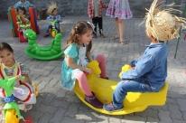Escolas municipais infantis de Lajeado recebem novos brinquedos