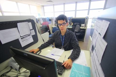 Iuri da Silveira Klatt  é estagiário do CIEE e trabalha no Central de Relacionamento ao Cliente