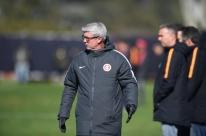 Técnico do Inter lamenta jogo com o Palmeiras logo após parada: 'Não é o ideal'