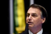 'Coisas absurdas têm acontecido dado a autonomia das universidades', diz Bolsonaro