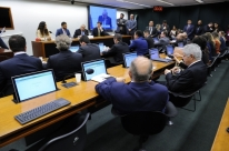 Câmara instala comissão da reforma tributária