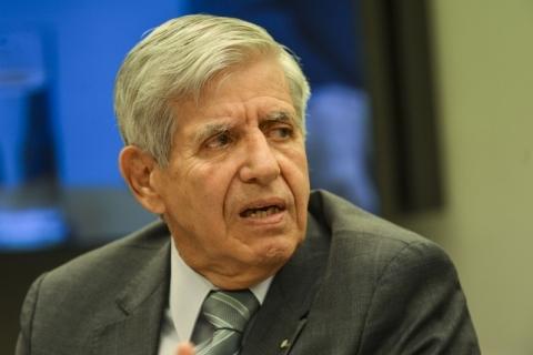 Aras abre 'apuração preliminar' sobre nota de Augusto Heleno