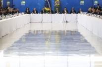 Jair Bolsonaro propõe implantar pautas da bancada evangélica via decreto