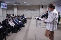Ministra pede enfrentamento ao protecionismo